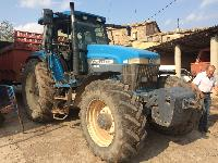 New Holland - 8670
